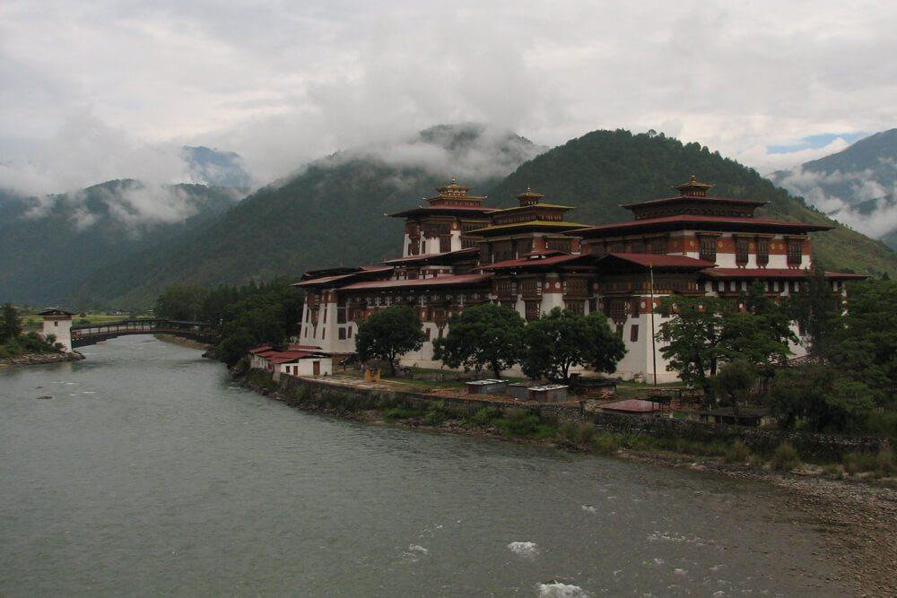 02-Asien-Local-Roots-Indien-Bhutan