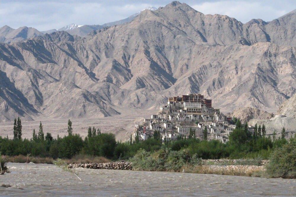 04-Asien-Local-Roots-Indien-Bhutan